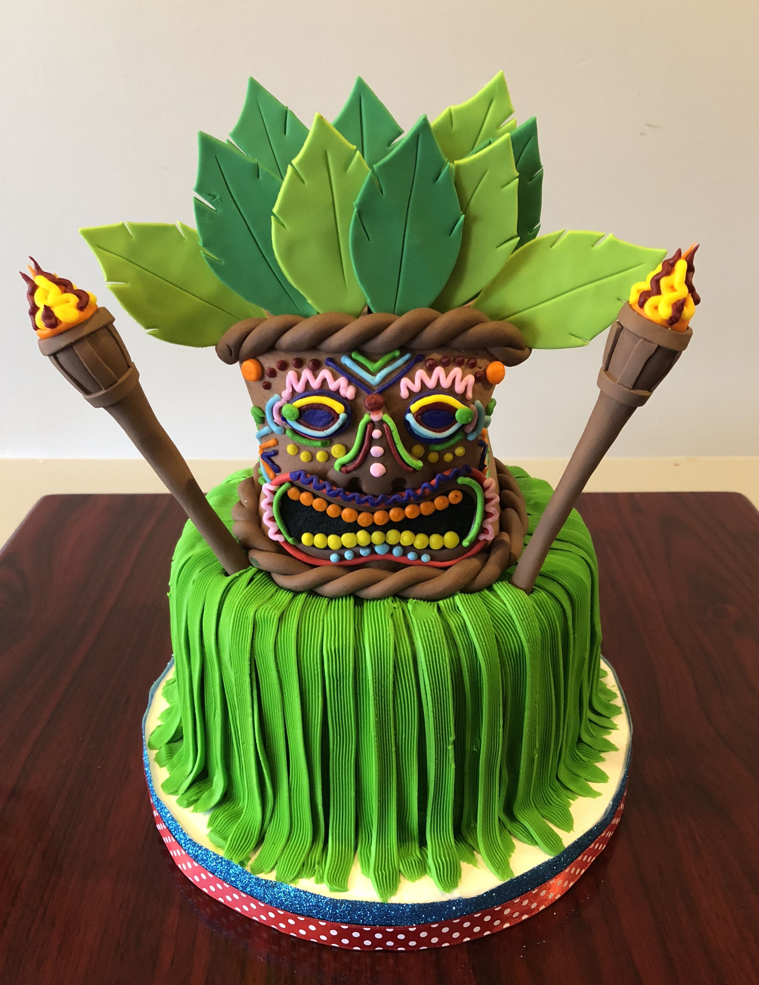 Astonishing Luau Tiki Cake Adrienne Co Bakery Tiki Cake Luau Party Funny Birthday Cards Online Elaedamsfinfo