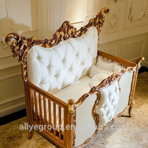 Ak38 Luxury Royal Wooden Baby Crib