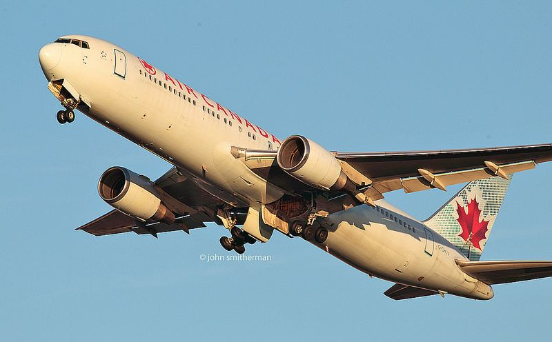 C-GHLV AIR CANADA 767