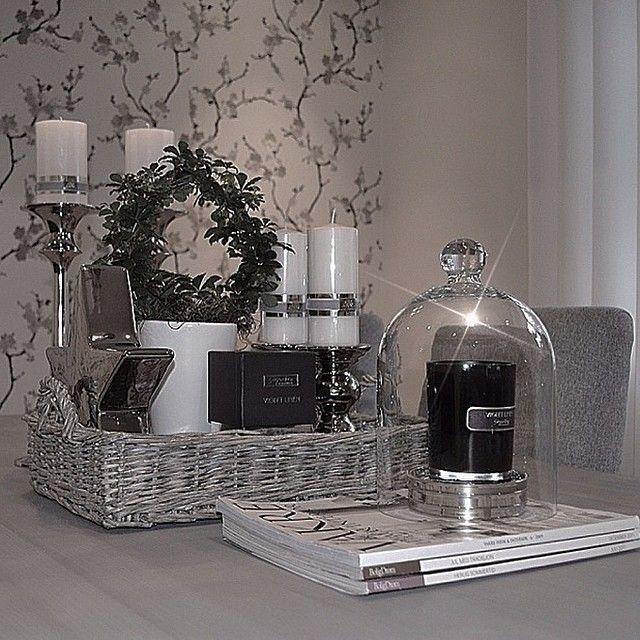 Shareig Fine Christine Bak At My Home Onsket Jeg Skulle Vise Et Gammeltbilde Dette Er 52 Uker Siden Jeg La Ut Samtidig Har Va Decor Home Decor Ghost Chair