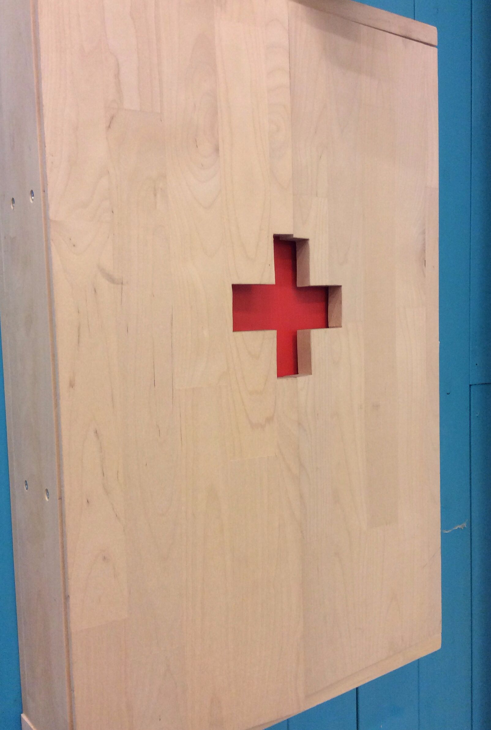 Wooden First Aid Box Wooden Boxes Classroom Organization Elementary Woodworking Projects