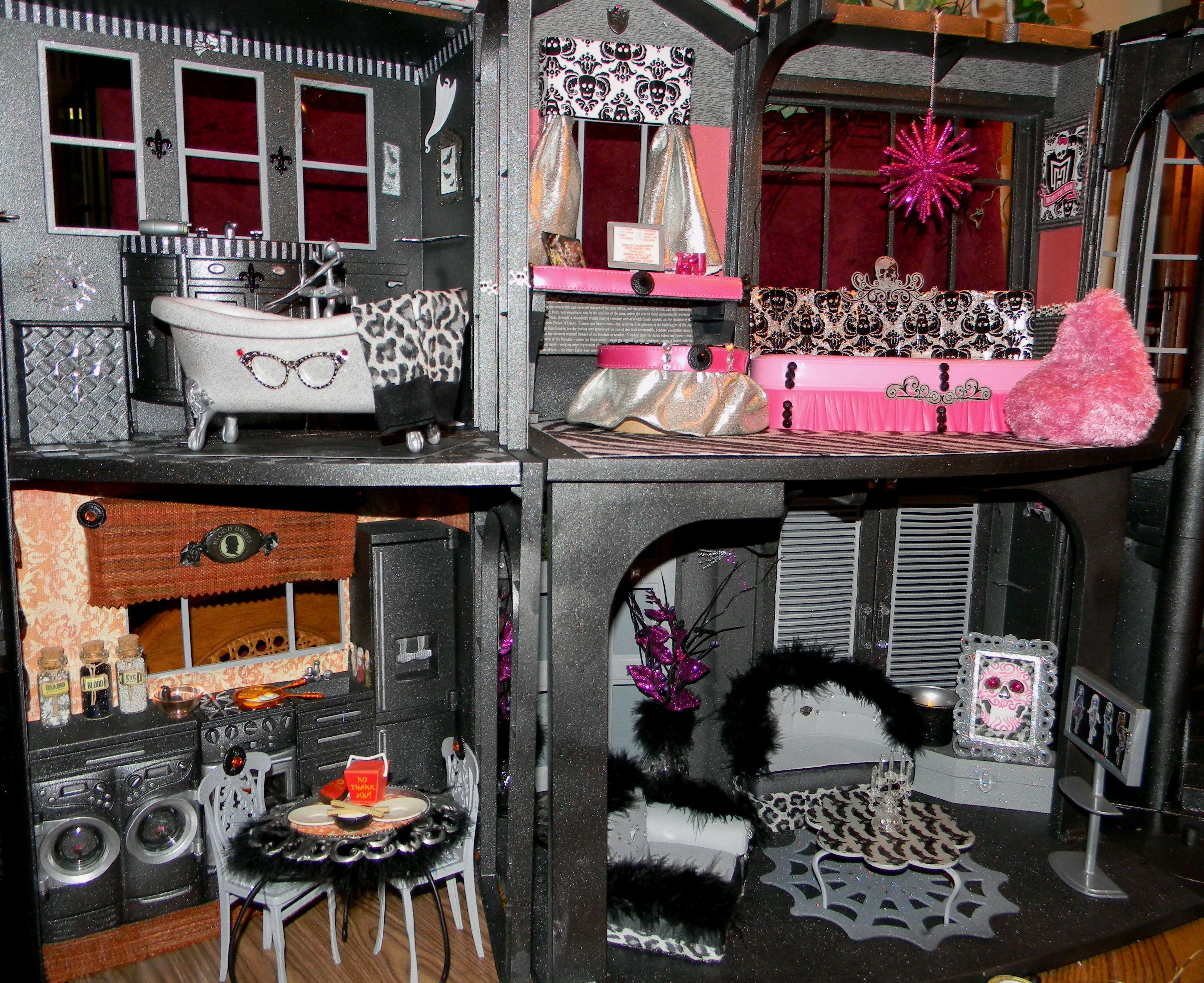 monster high ideas Doll house ideas Pinterest