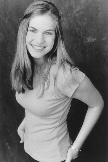 Anna Chlumsky Pictures Of Anna Actresses Celebrities
