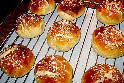 Finnische kleine süße Brötchen (Pikkupullat) von mausejulchen   Chefkoch