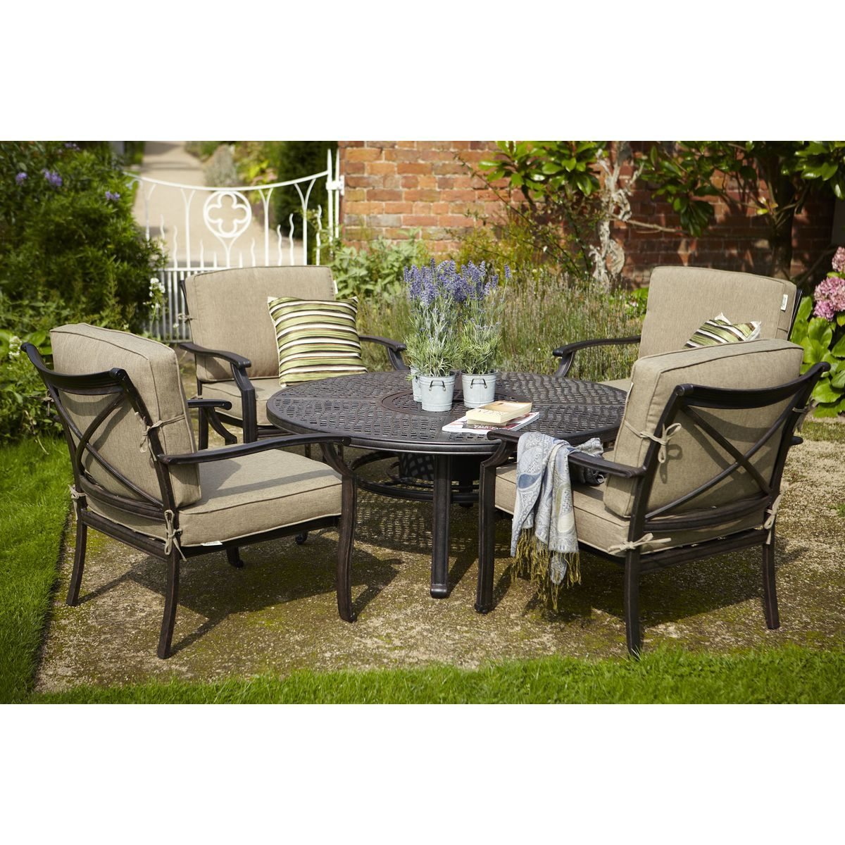 jamie oliver fire pit set jofireset available to buy online from garden furniture world we sell a large range of garden furniture from the best
