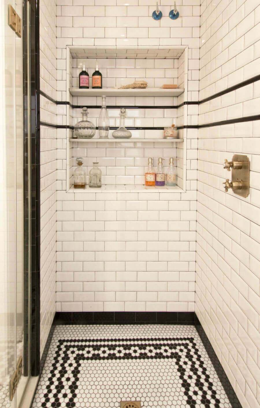 31 Stunning Shower Tile Ideas For Your Bathroom Farmfoodfamily Bathrooms Remodel Bathroom Inspiration Bathroom Design