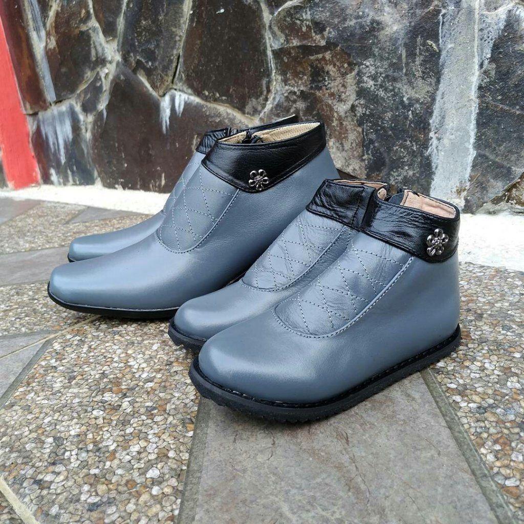 Boots Kulit Couple Ibu Anak Cherry Sepatu Boots Sepatu Kulit