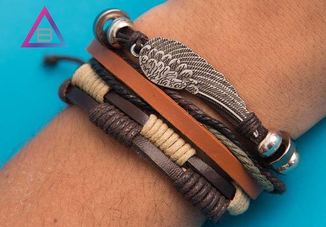 zpr Quem ama pulseira 5 em 1 levanta a mão 🙆  #descolados #asa #wings #5em1 #cinco #um #marrom #unissex #pulseirismo #pulseira #acessorios #beu #beuacessorios #still #ecommerce #share #compartilhe #boy #boyfashion #fashion #produto #brinco #colar #neckless #ring #blogger #blogueira