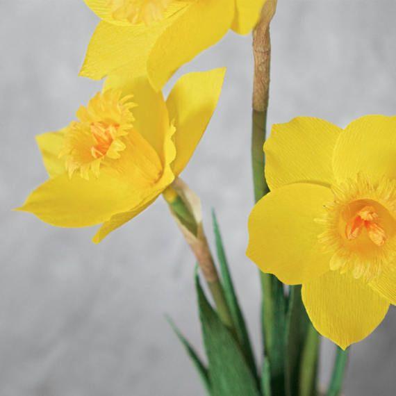 Fiori Gialli Simili Al Narciso.Vaso Di Narcisi Gialli Fiori Di Carta Di Lemonadepaperflowers Fleurs