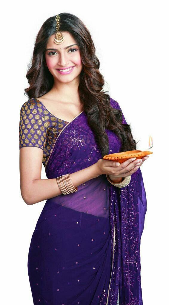 71b8215ba1b Sonam Kapoor so beautiful Sonam Kapoor Saree