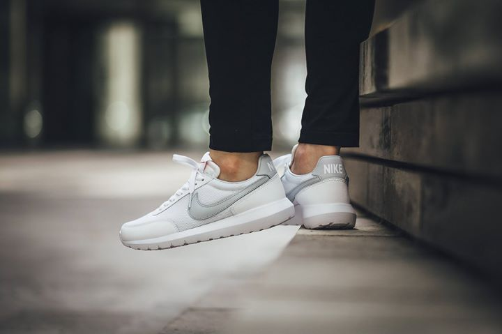 ec63b90813bc ... fragment black sail white mens womens running shoes df3fd c2fb3  spain  on foot shots of the nike roshe daybreak nm white. available now. ift