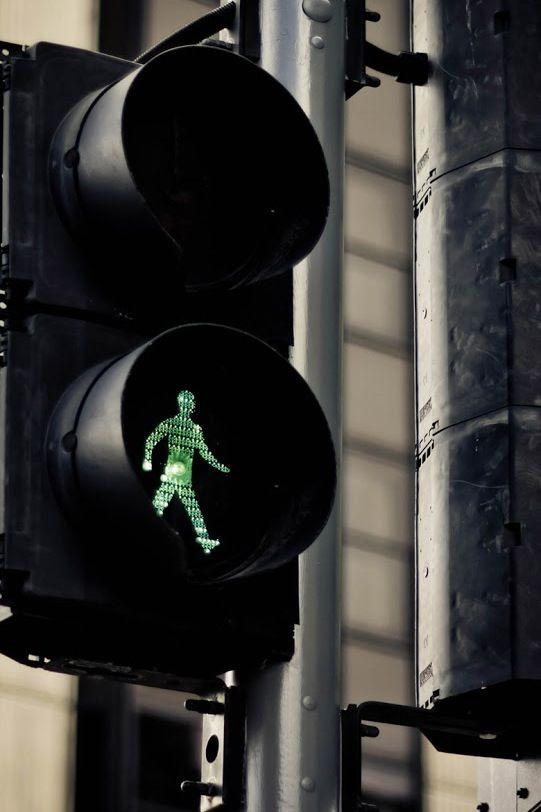 Little Green Man Traffic Light Pedestrian Crossing Lamp Post