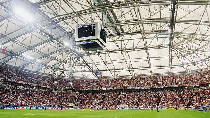 veltins arena fc schalke 04 capacity bundesliga stadiums 14 15 pinterest. Black Bedroom Furniture Sets. Home Design Ideas