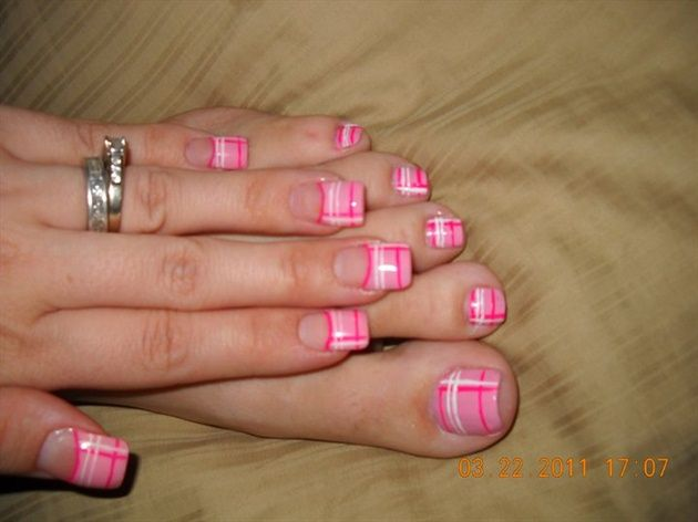 pink plaid bgbaby82 - nail art