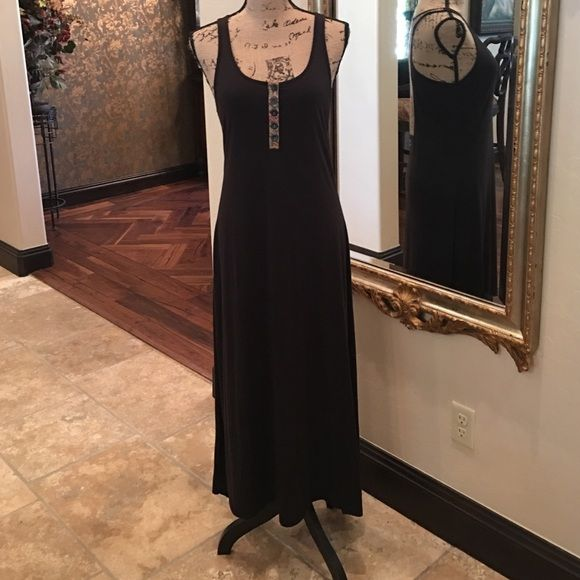 ⚡️Flash Sale 6/11⚡️Super Cool High Low Dress Black high low maxi tank dress size medium. Only worn once! Excellent condition. 50% rPET 50% organic cotton. Dresses High Low