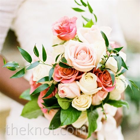 Love This Ivory And Rose Bouquet