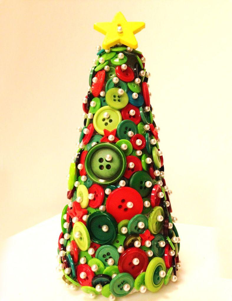 Detallelogia Arboles De Navidad Diy Con Telas Cojines Botones  ~ Crismas De Navidad Hechos Por  Ninos