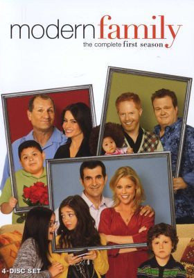 Most Hilarious Show On Tv Modern Family Tv Show Modern Family Dvd Modern Family Season 1
