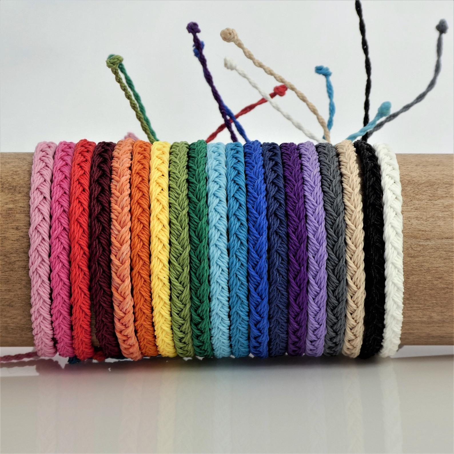 Pulsera de hilo encerado Handmade bracelet Waxed cord bracelet Handmade bracelet.