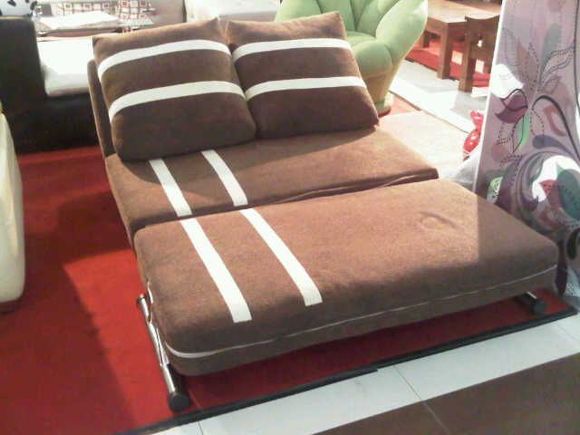 sofa lipat. sofa lipat u