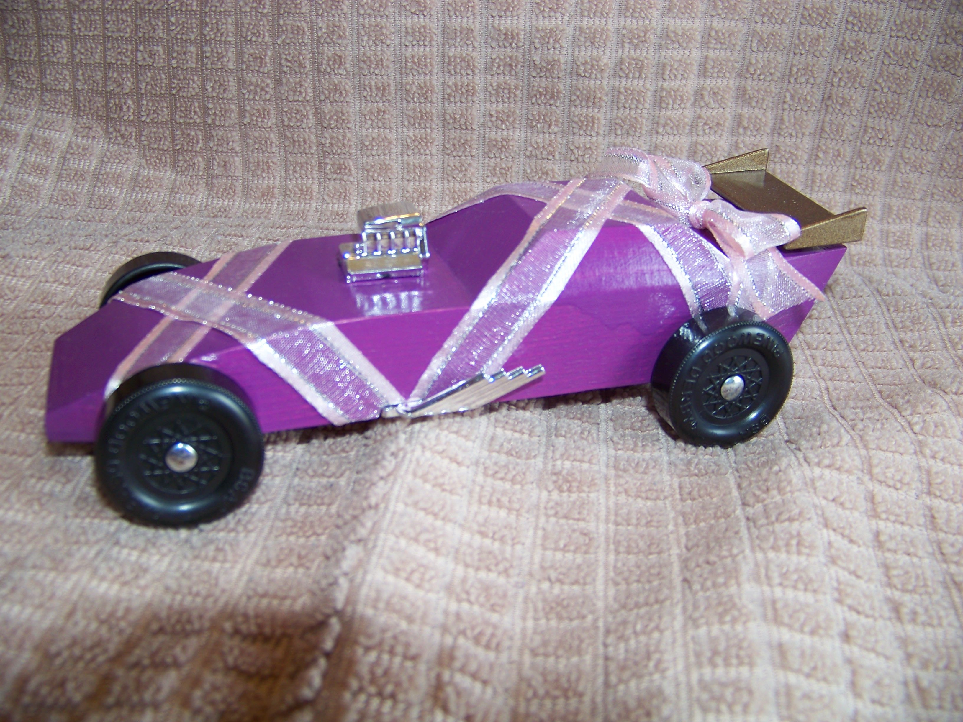 ballet slipper pinewood derby car