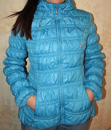 Класснючая демисезонная курточка в хорошем состоянии только без пояса 42-44 размер - 150 грн.