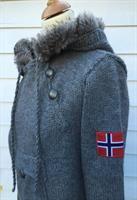 Mønsterhefte Norsk strikkkeanorakk Voksen XS-XXXL