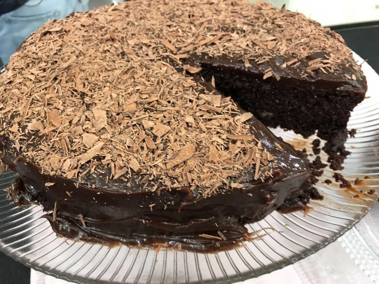 Bolo Molhadinho De Chocolate Receita Receitas De Sobremesas