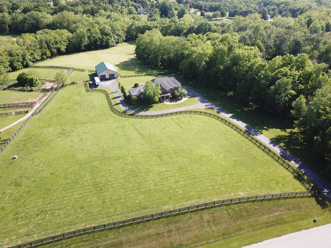 Equestrian estate for sale in oldham county kentucky