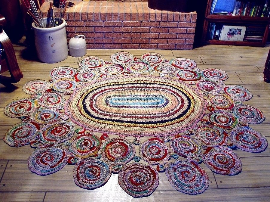 RARE 1930s Hand Made Crocheted ROOM-SIZE BRAIDED RAG RUG in Exc Cond