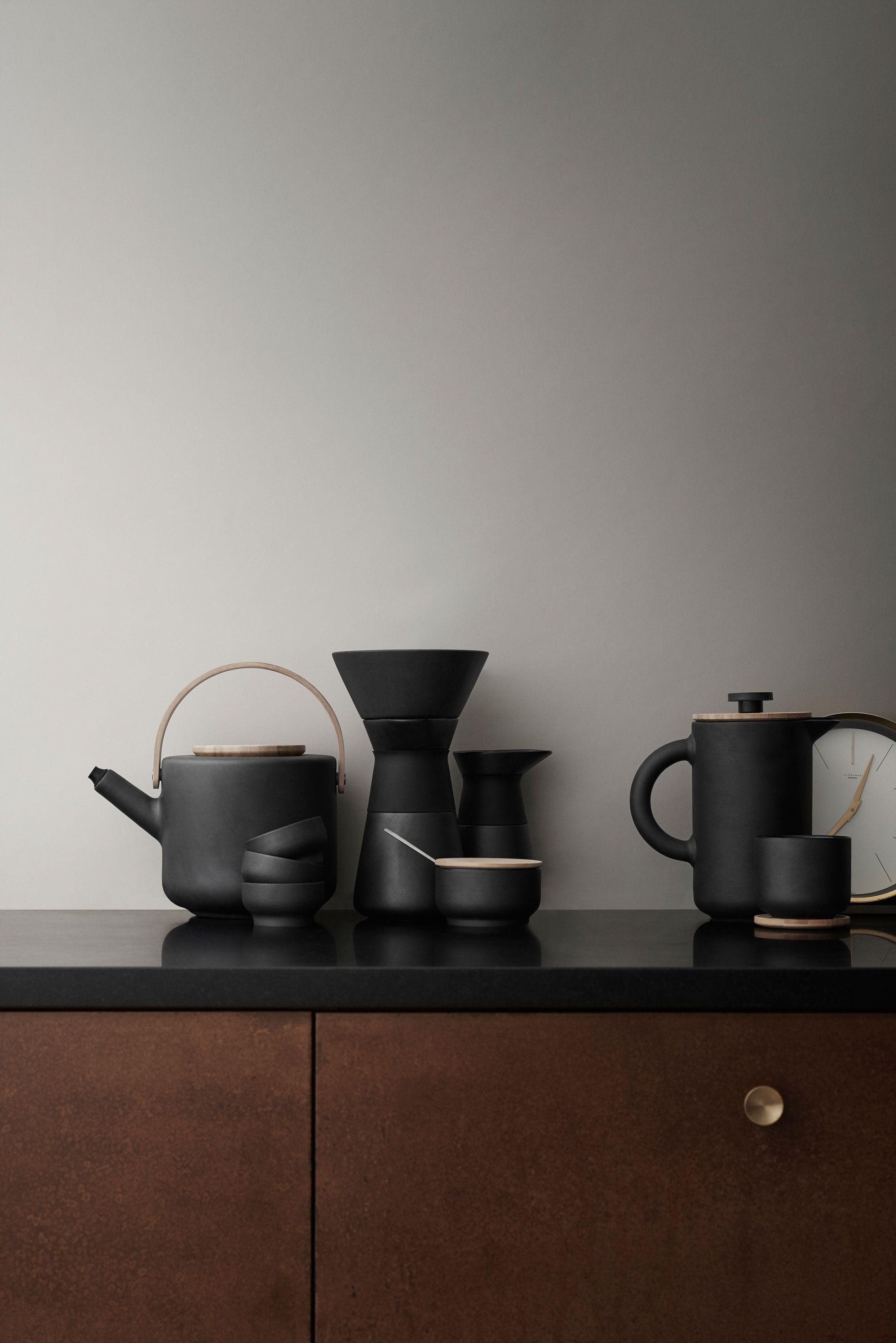 Herbst-Kollektion von Stelton   Gedeckter tisch, Porzellan und Kaffee