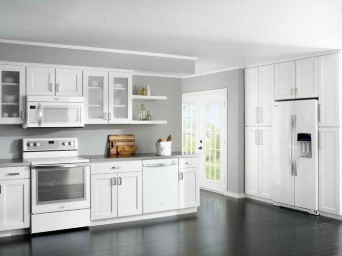 Wandfarbe Küche Hellgrau Weiße Kücheneinrichtung Küchendesign