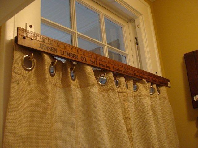 Yard Stick Curtain Rod Via Daffadown Dillys On Remodelaholic Diy