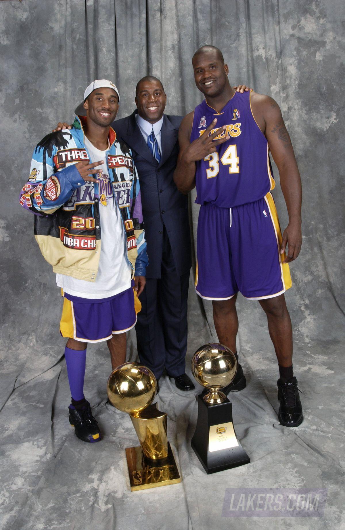 Lakers Alumni Shaquille O Neal In 2020 Shaq And Kobe Kobe Bryant Shaquille O Neal