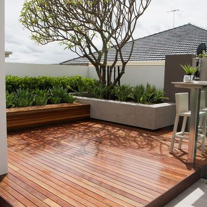 Tarima exterior de ipe deck for Patio con piso de madera