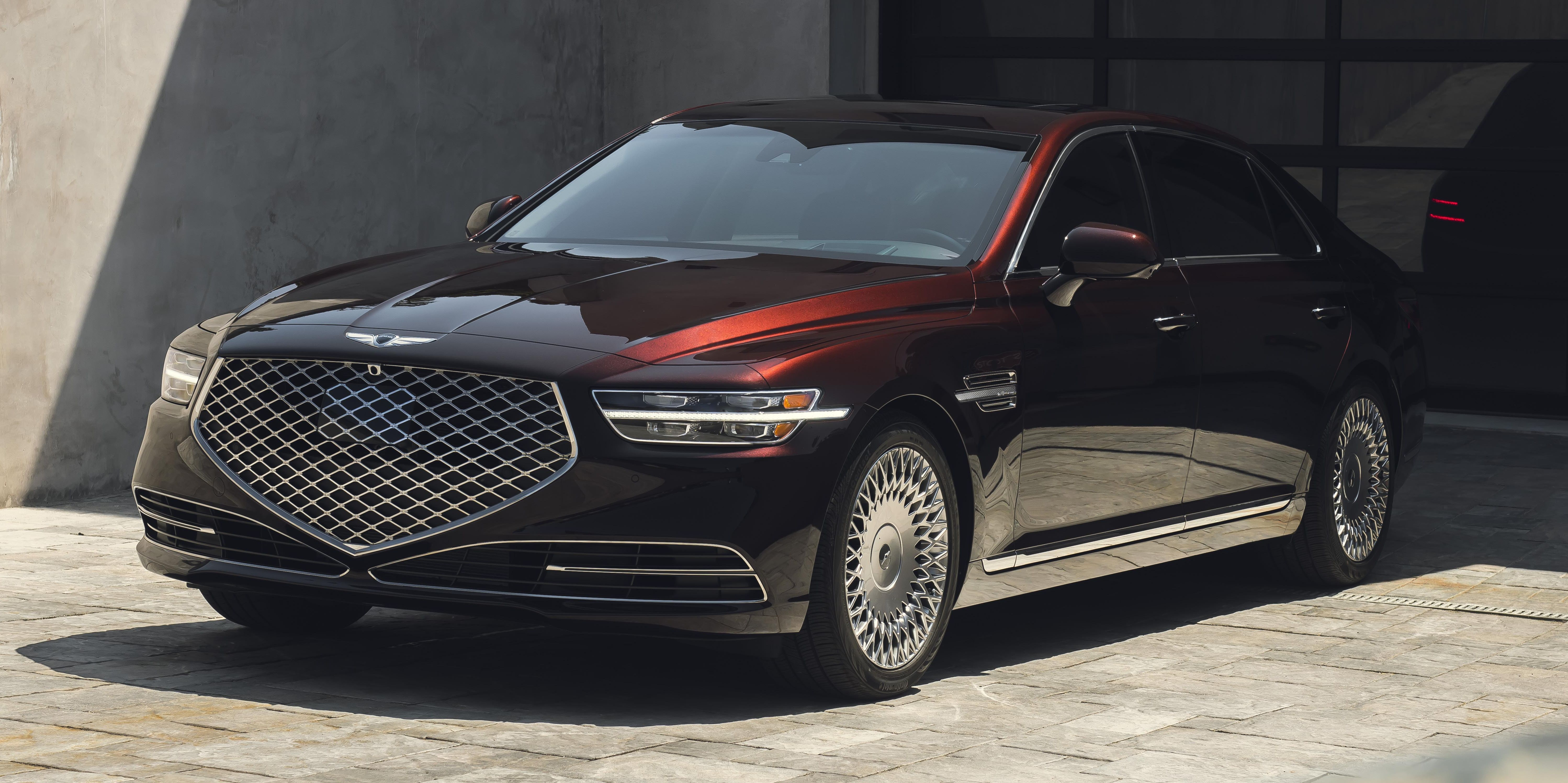 2020 Genesis G90 Gets Extreme New Styling More Safety Features Genesis Top Cars Premium Cars