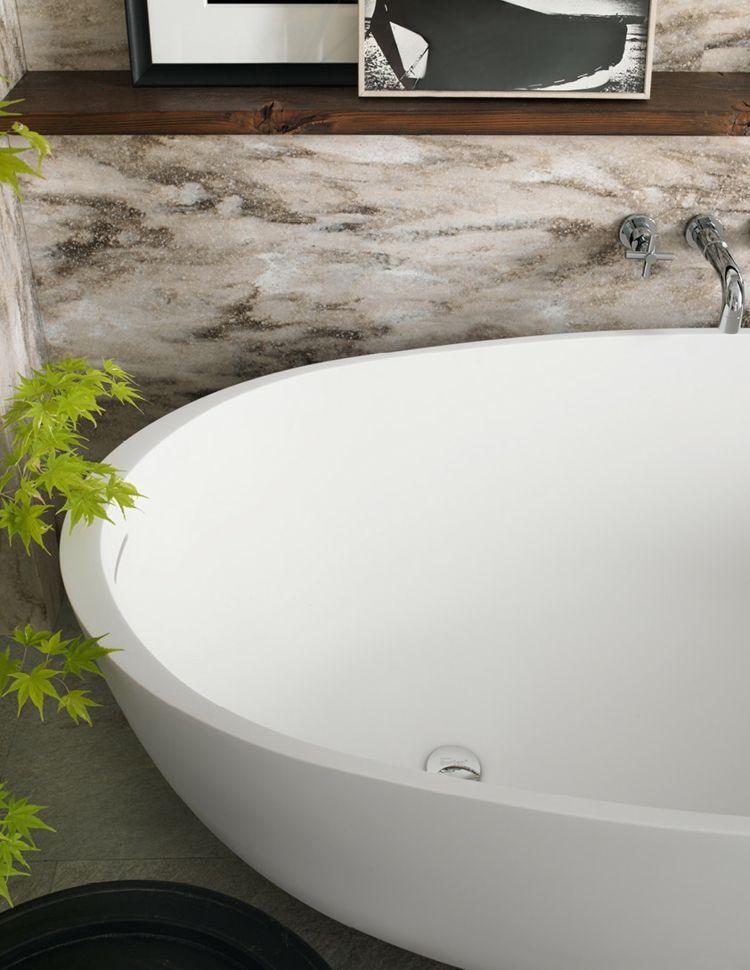 pflanzen oval freistehende badewanne wandgestaltung #badezimmer - wandgestaltung im badezimmer