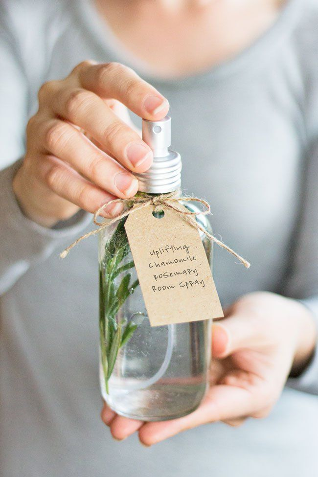 3 Mood-Boosting Room Sprays to Help Beat the Winter Blues #diygifts