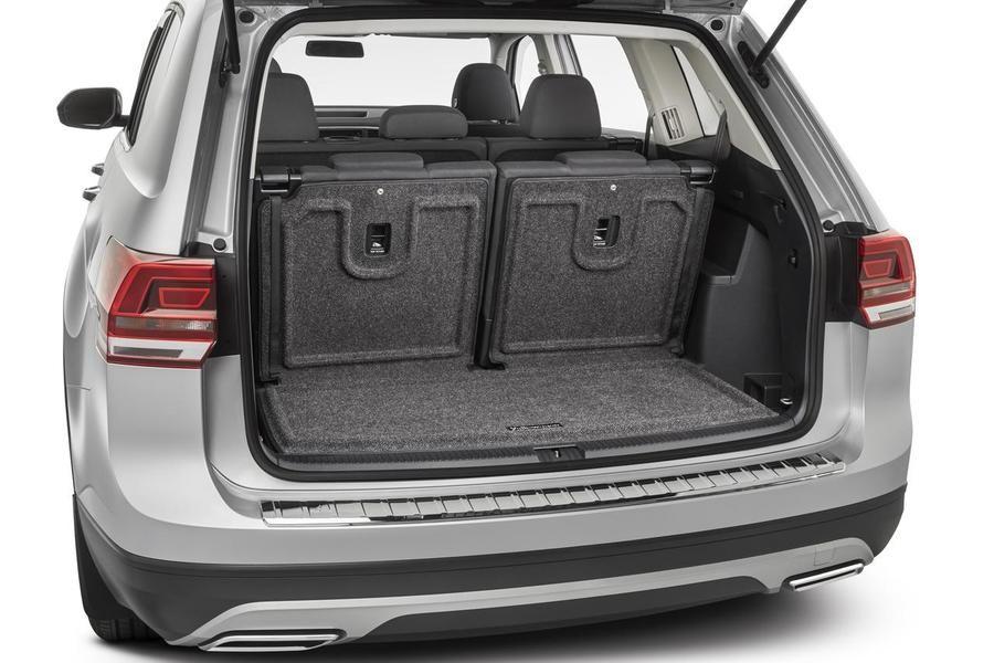 2018 2021 Vw Atlas Carpet Cargo Tray And Extended Seat Back Cover N015 Roadside Emergency Kit Atlas Emergency Kit