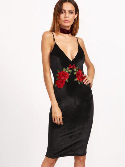 267c736a5c85 Vestido de terciopelo con tirantes finos y bordado de rosa - negro ...