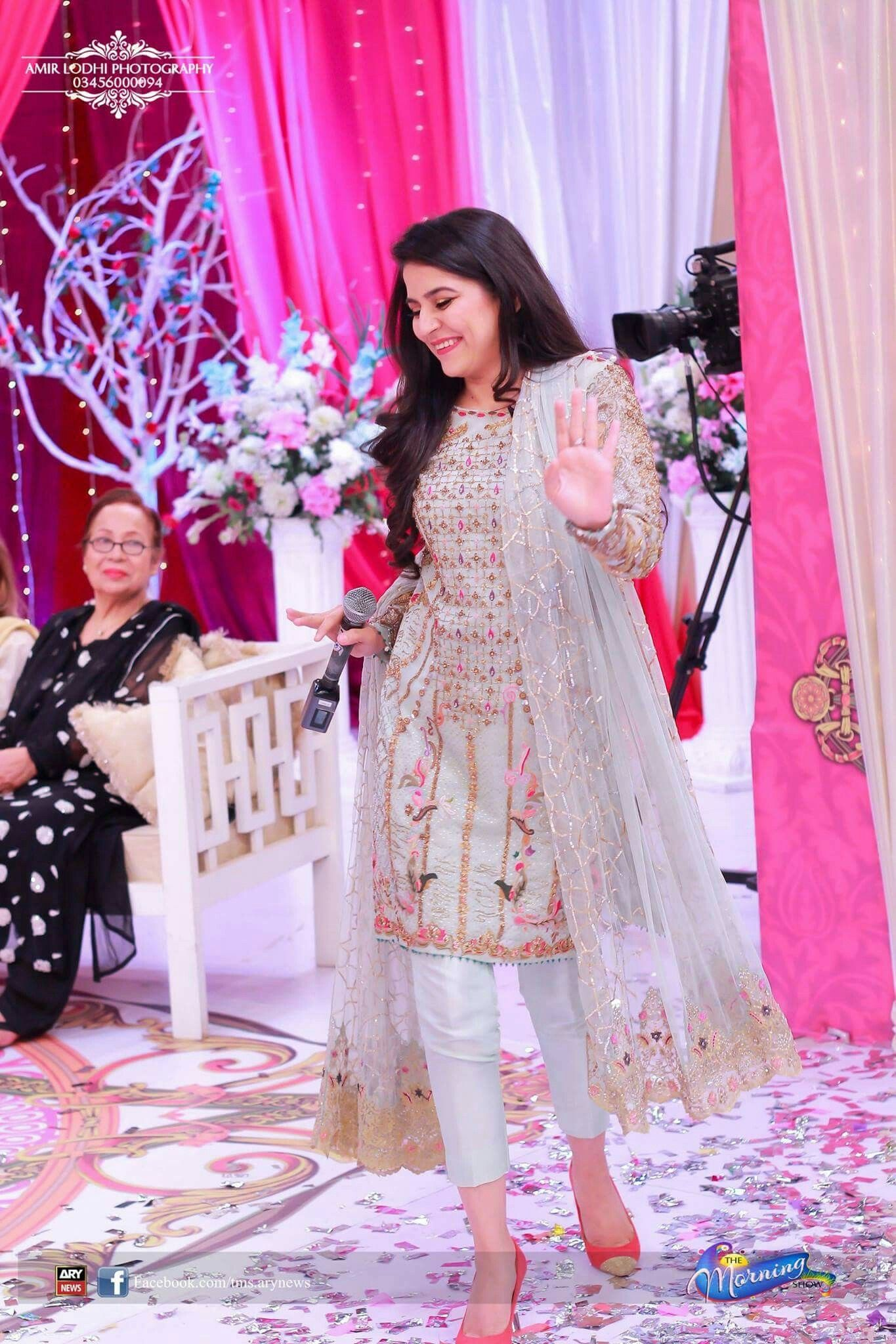 Pin de mishi khan en Fashion world | Pinterest | Vestiditos