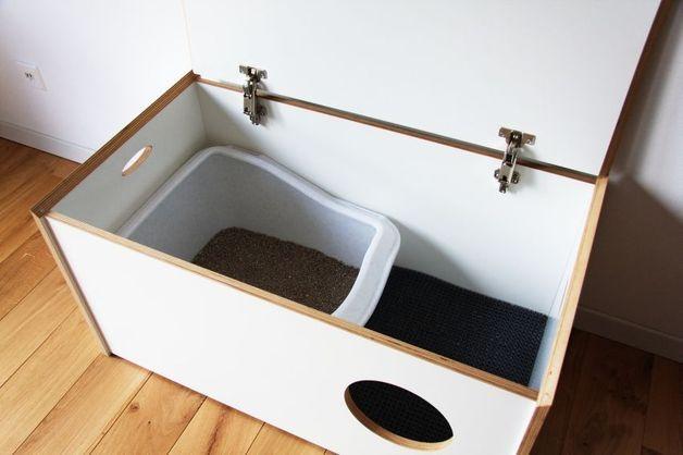 tierbedarf business katzentoilette in truhe von thelui ein designerst ck von thelui bei. Black Bedroom Furniture Sets. Home Design Ideas
