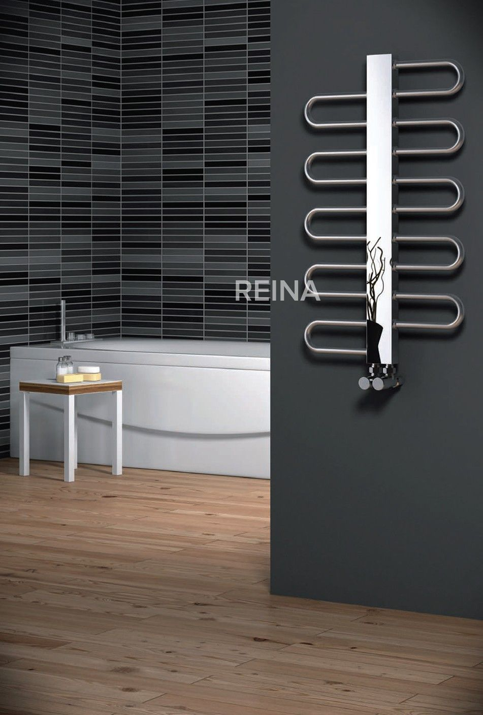 REINA DYNAMIC STAINLESS STEEL HEATED TOWEL RAILS