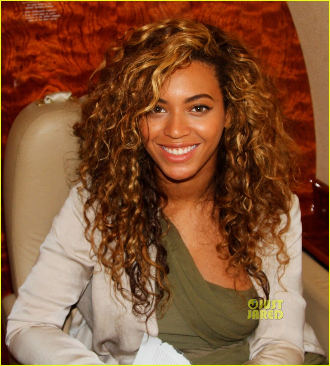 best 25 layered curly hairstyles ideas on the 25 best layered curly hair ideas on 412