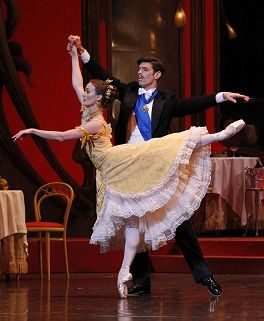 Madeleine Eastoe and Andrew Killian in The Merry Widow. Photo Jeff Busby