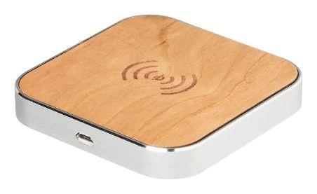 Qi-tekniikalla toimiva Gmini langaton latausalusta joka lataa standardinomaisia Qi-laitteita. Aseta yhteensopiva puhelin varavirtalähteen päälle ja lataus käynnistyy automaattisesti. Myyntipakkauksessa microUSB-kaapeli. Puupintainen. 30€