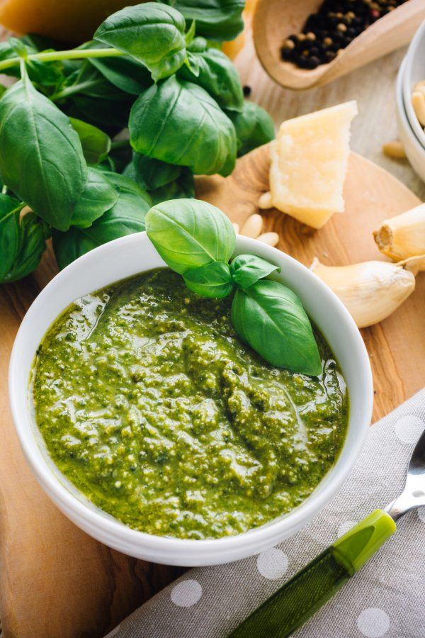 Photo of Simply make delicious basil pesto yourself