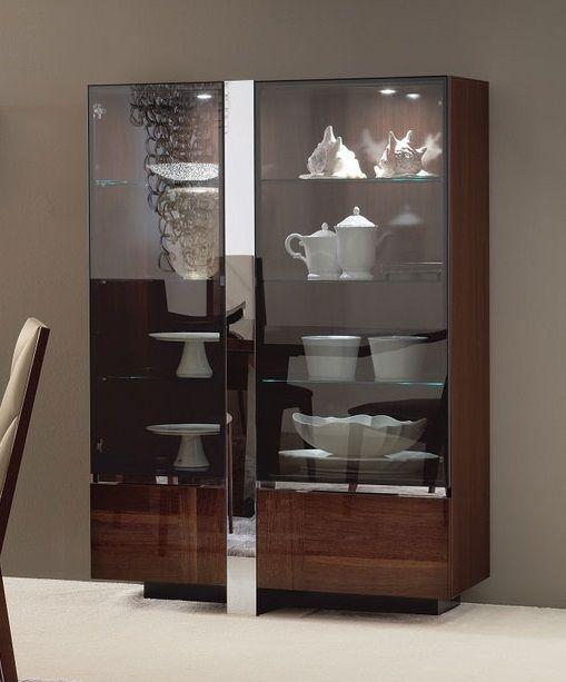 Aparador con puertas transparentes de vidrio de la colección ...