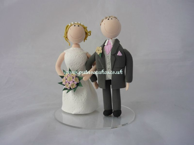 Artista Bride and Groom cake topper, made using photos supplied by Bride and Groom