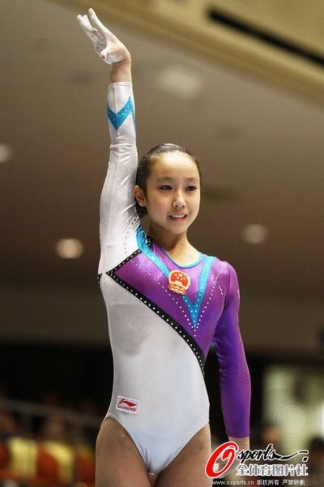 黃秋爽 Huang Qiushuang